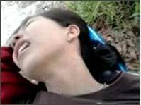 คลิปโป๊เด็กแว๊นจอดรถเย็ดกันนอนบนเบาะมอไซค์ซอยไม่ยั้ง